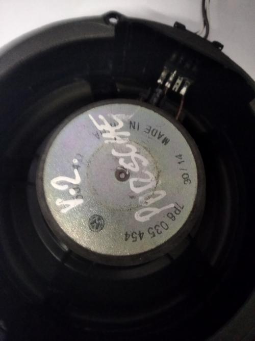 7P6035454 Porsche kõlar V2 (1)